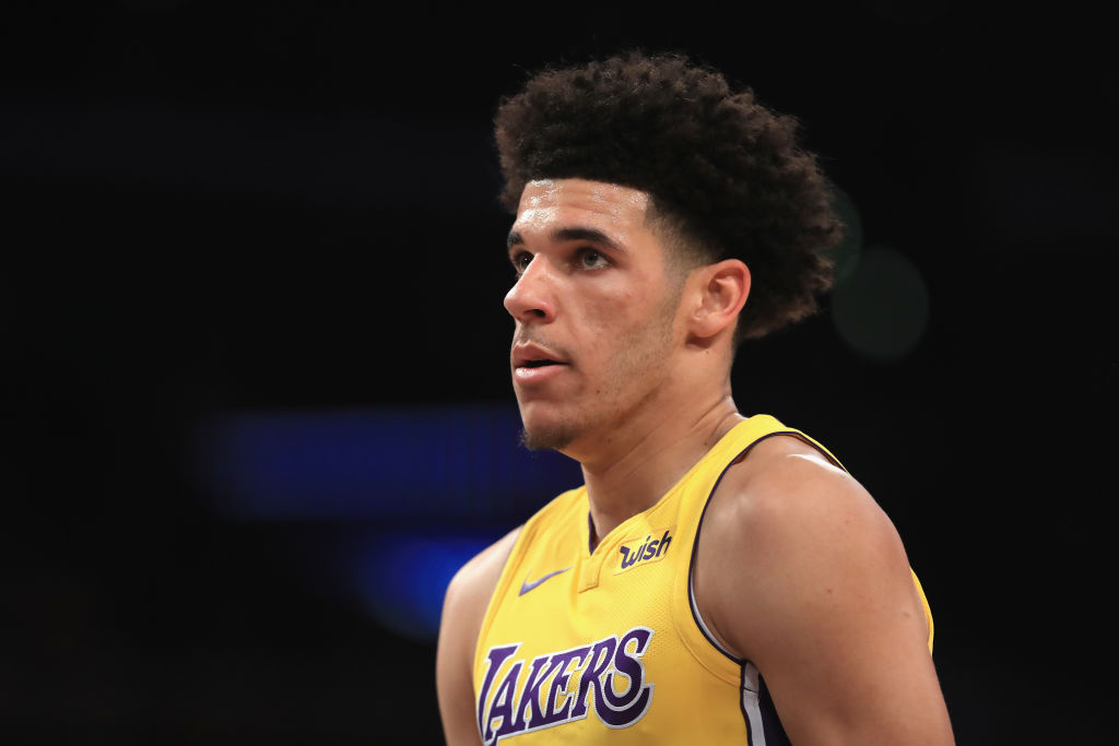 Lonzo Ball of the Los Angeles Lakers looks on during the first half