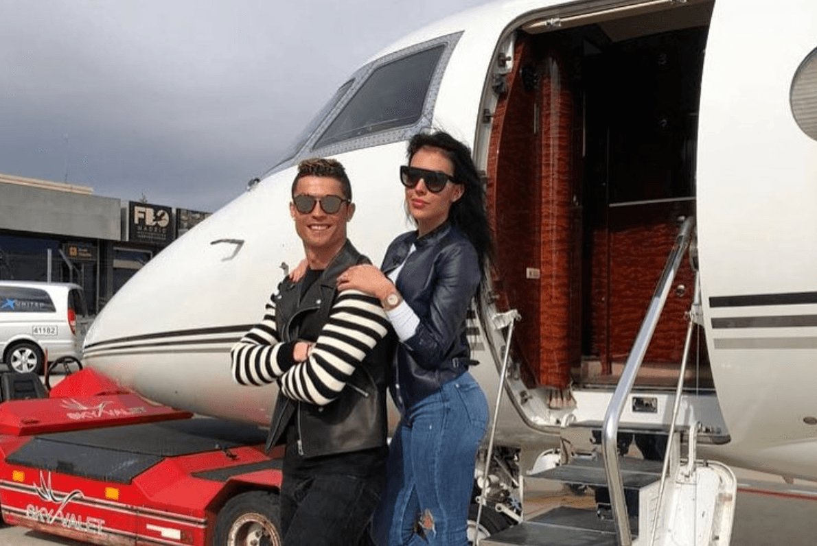 Cristian Ronaldo in front of a private plane