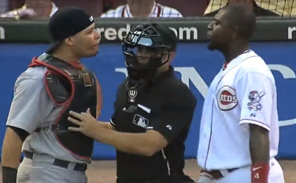 This heated exchange between Yadier Molina and Brandon Phillips led to an all-out brawl