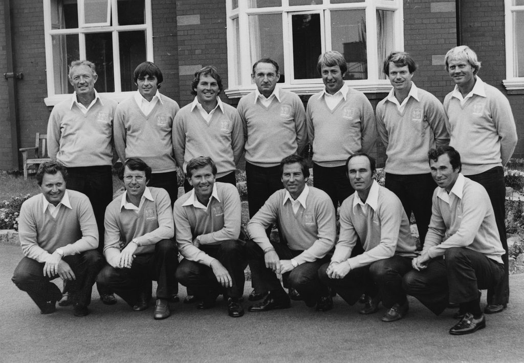 Ed Sneed (bottom row, third from left) on the 1977 American Ryder Cup team