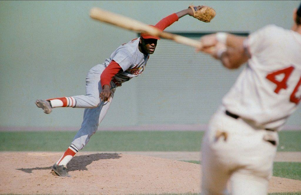 Cardinals ace Bob Gibson faces off with Ken Harrelson of Red Sox in Game 1 of 1967 World Series