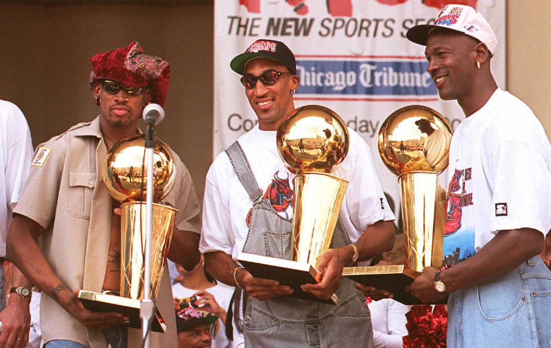 Michael Jordan Dennis Rodman Scottie Pippen 1996 championship rally
