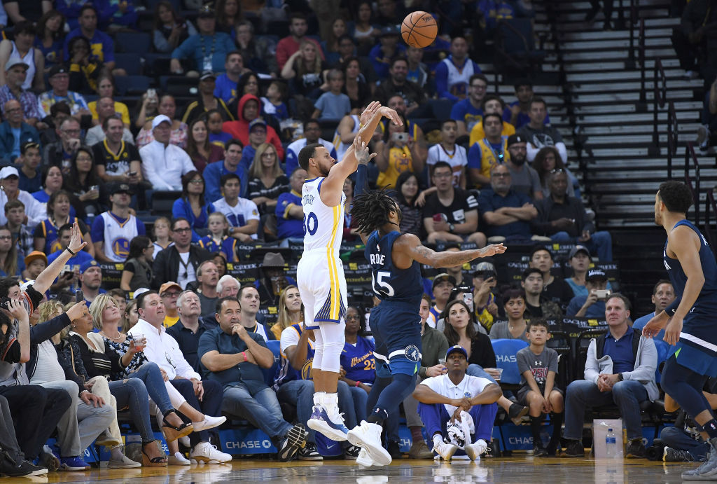 Stephen Curry has one of the NBA's most unguardable moves