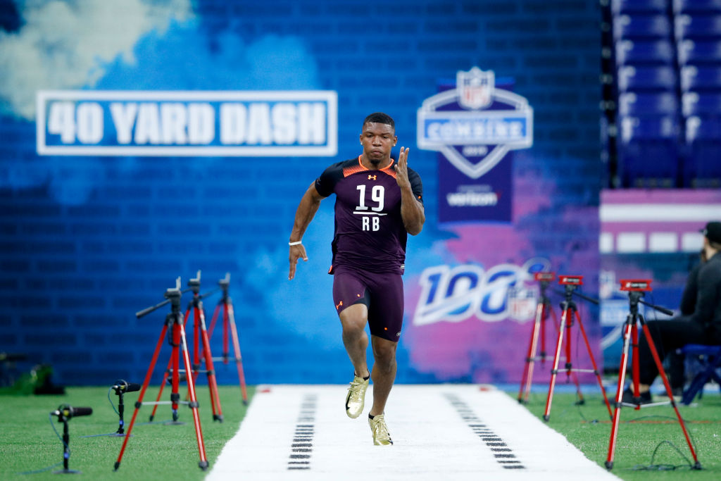 Tony Pollard is one of the running backs who ran the fastest 40-yard dash times at the NFL draft combine.