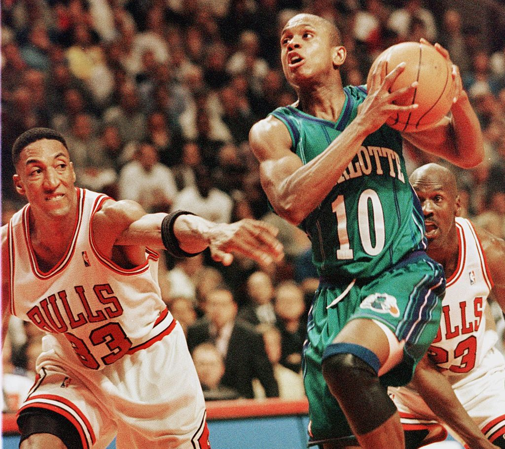 B.J. Armstrong (middle) was one of the best teammates Michael Jordan ever had.