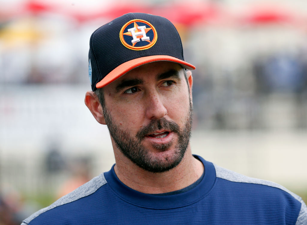 The 38-year old son of father (?) and mother(?) Justin Verlander in 2021 photo. Justin Verlander earned a 28 million dollar salary - leaving the net worth at  million in 2021