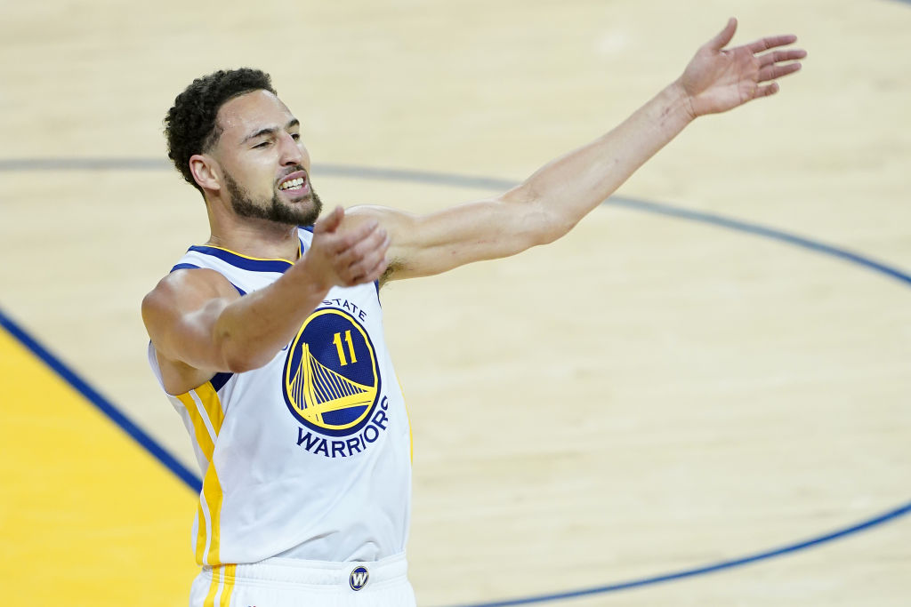 Re-signing Klay Thompson and keeping him teamed up with Stephen Curry is a move the Golden State Warriors need to make during NBA free agency in 2019.