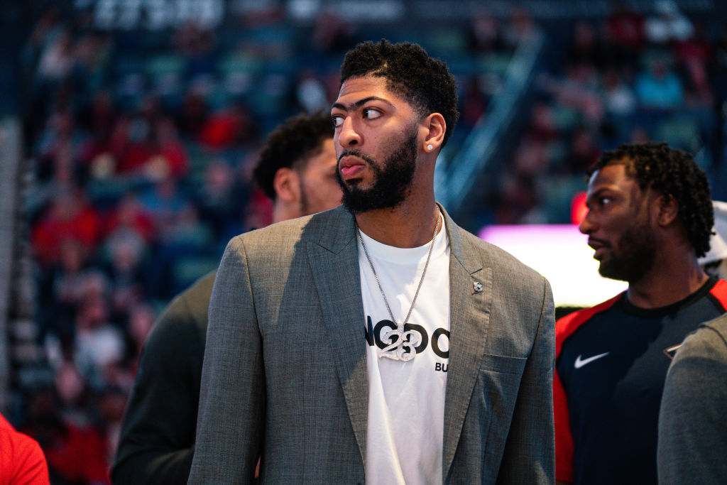 The Anthony Davis trade makes sense for both the Lakers and the Pelicans.