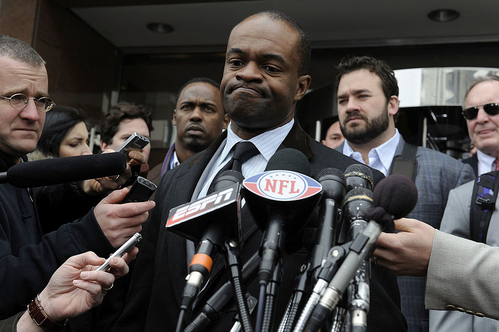 NFLPA president DeMaurice Smith told NFL players to prepare for a work stoppage in 2021.