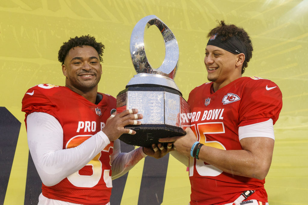 Patrick Mahomes (Right) wins co-MVP at the NFL Pro Bowl Game