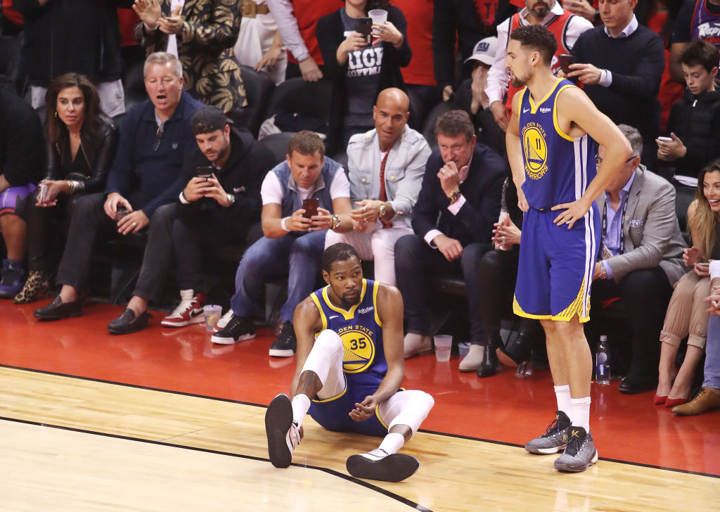 Kevin Durant suffers a ruptured ACL injury