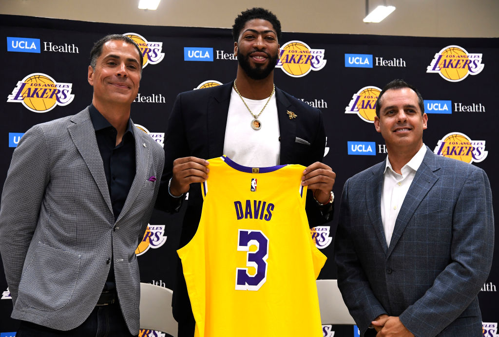Anthony Davis (C) is introduced as the newest player of the Los Angeles Lakers