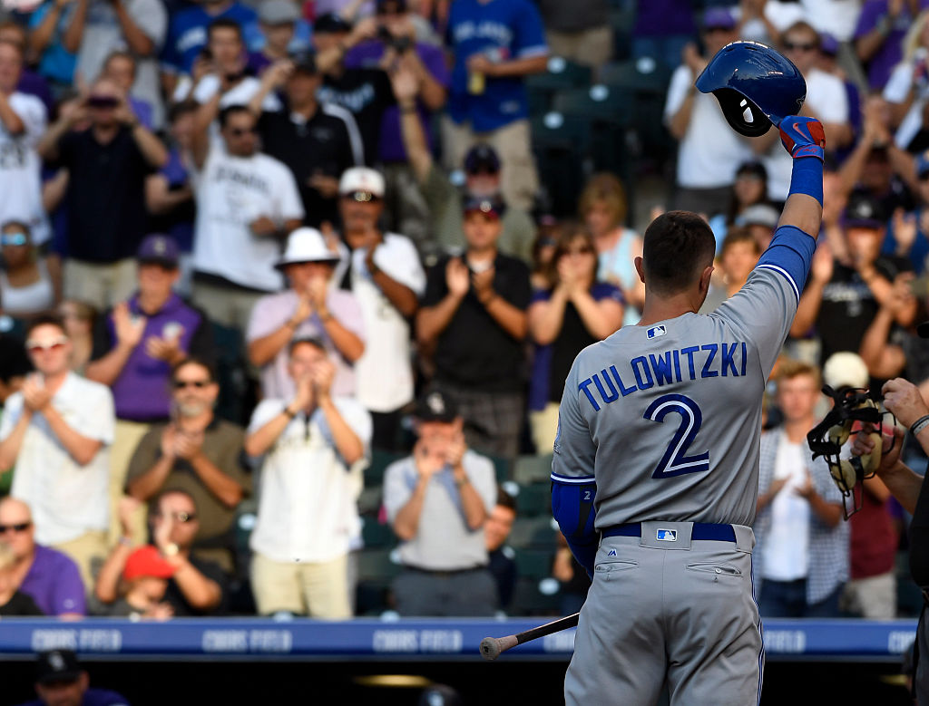Troy Tulowitzki acknowledges the crowd after a standing ovation