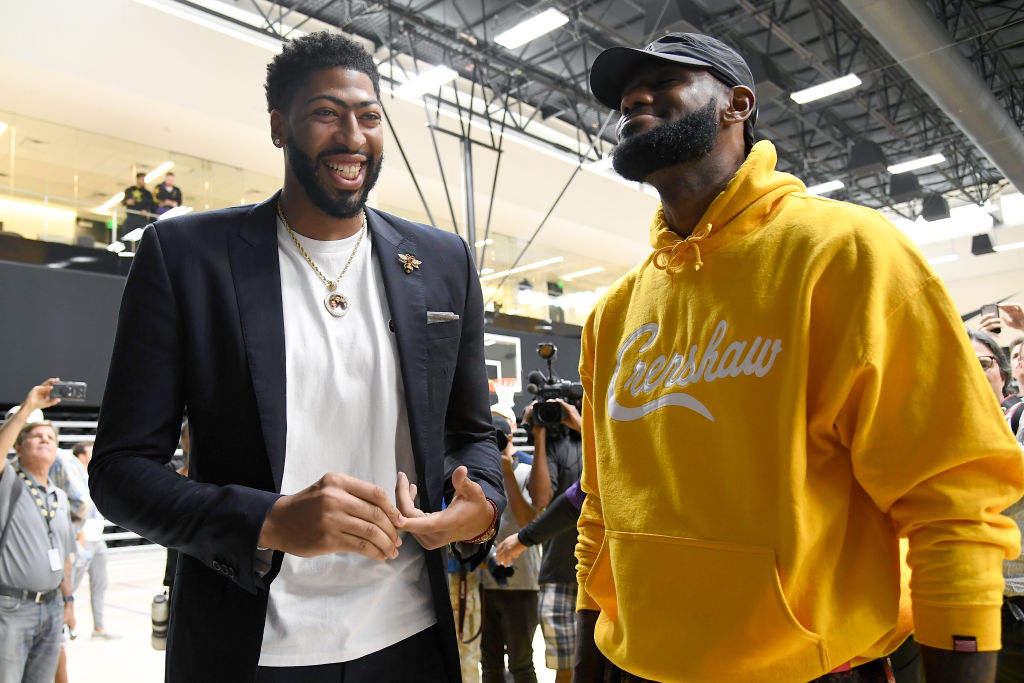 Anthony Davis (left) and LeBron James help give the Los Angeles Lakers great NBA Finals odds.