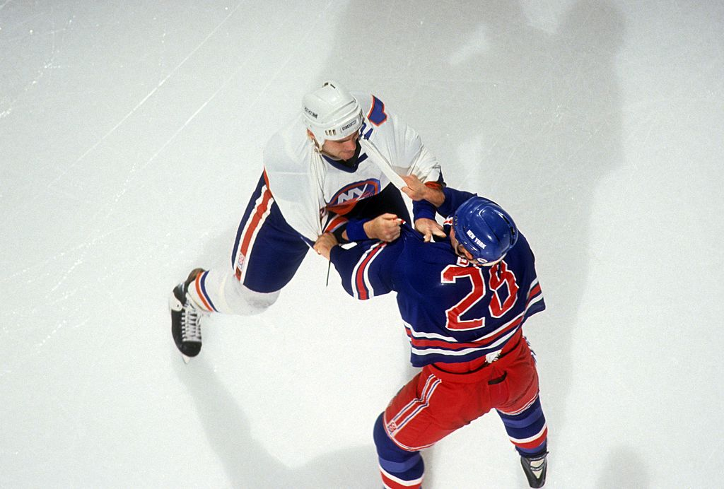 Tie Domi hockey fight