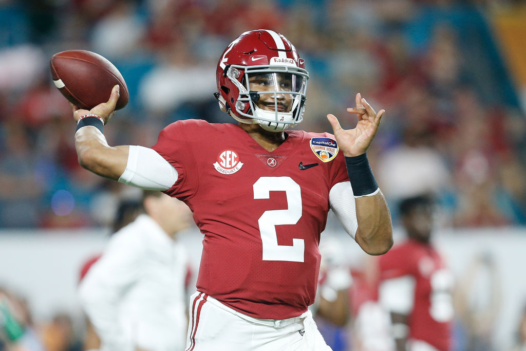 Jalen Hurts #2 of the Alabama Crimson Tide