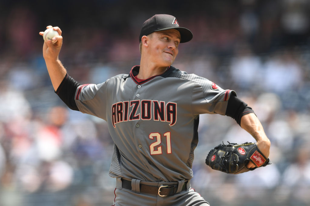 Zack Greinke #21 of the Arizona Diamondbacks pitches during the first inning