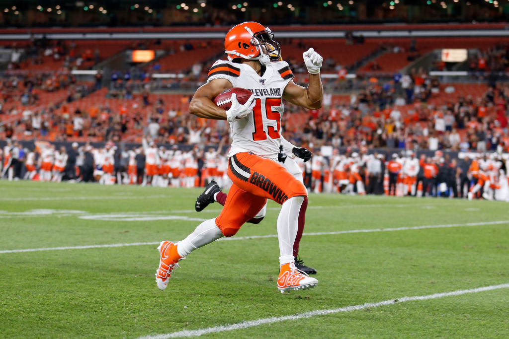 Damon Sheehy-Guiseppi #15 of the Cleveland Browns returns a punt