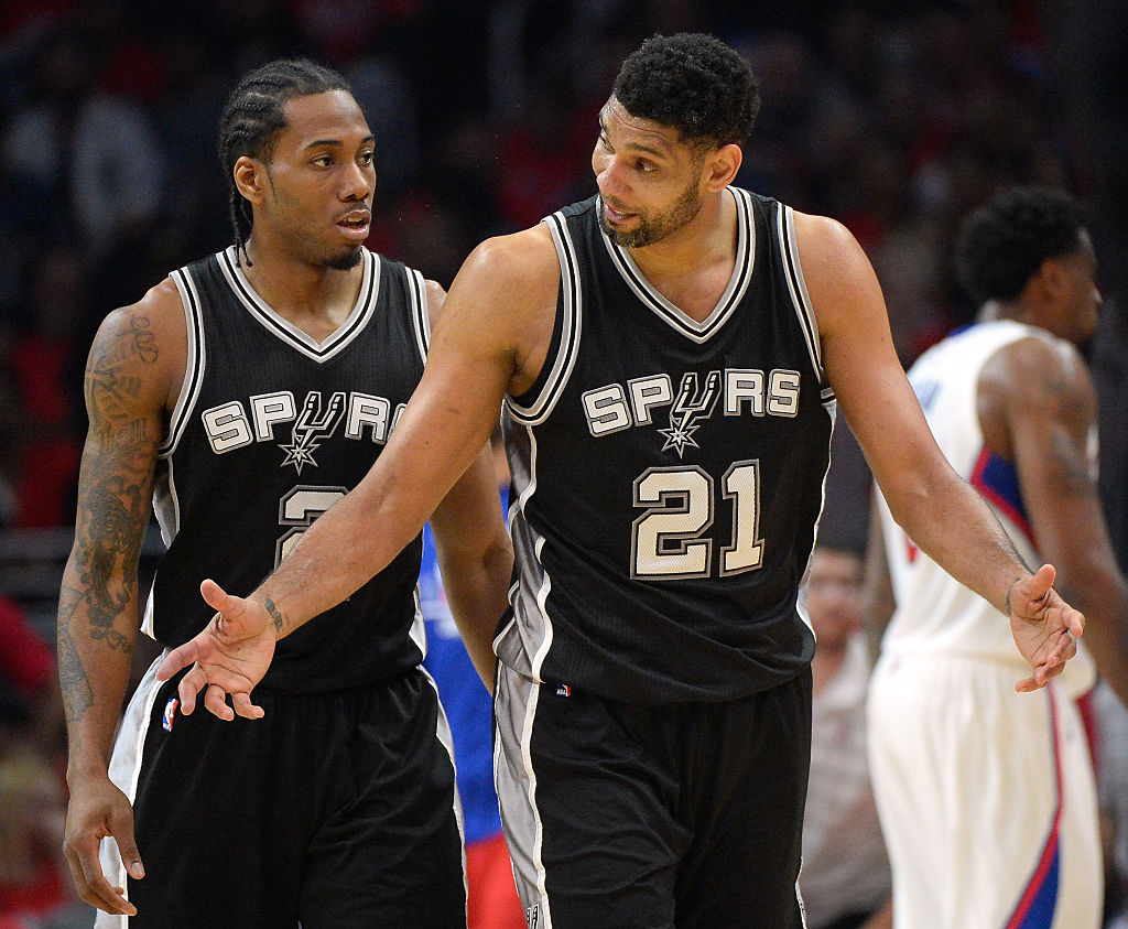 Kawhi Leonard (left) had a nasty split from the Spurs, and he apparently has no love lost for his former franchise