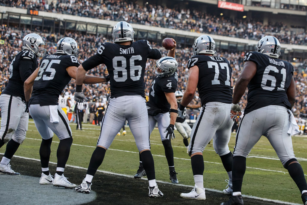 Oakland Raiders 'Hard Knocks'