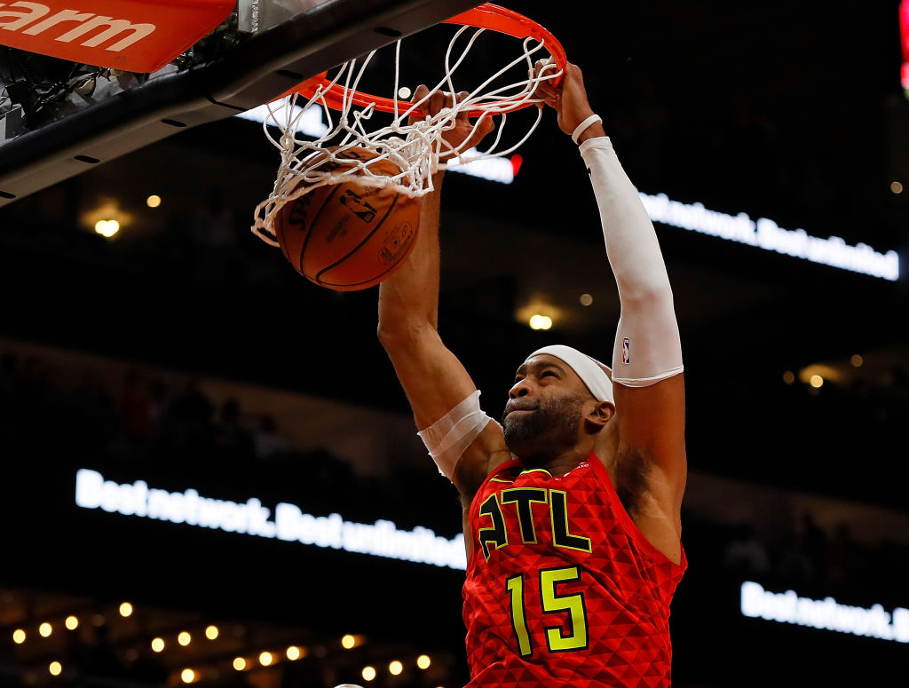 The Vince Carter Diet That Lets Him Play in the NBA at 42 Years Old