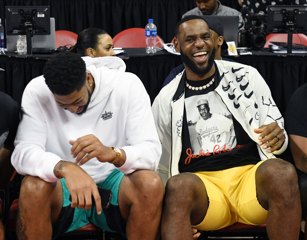 Lakers forwards Anthony Davis and LeBron James have a budding relationship
