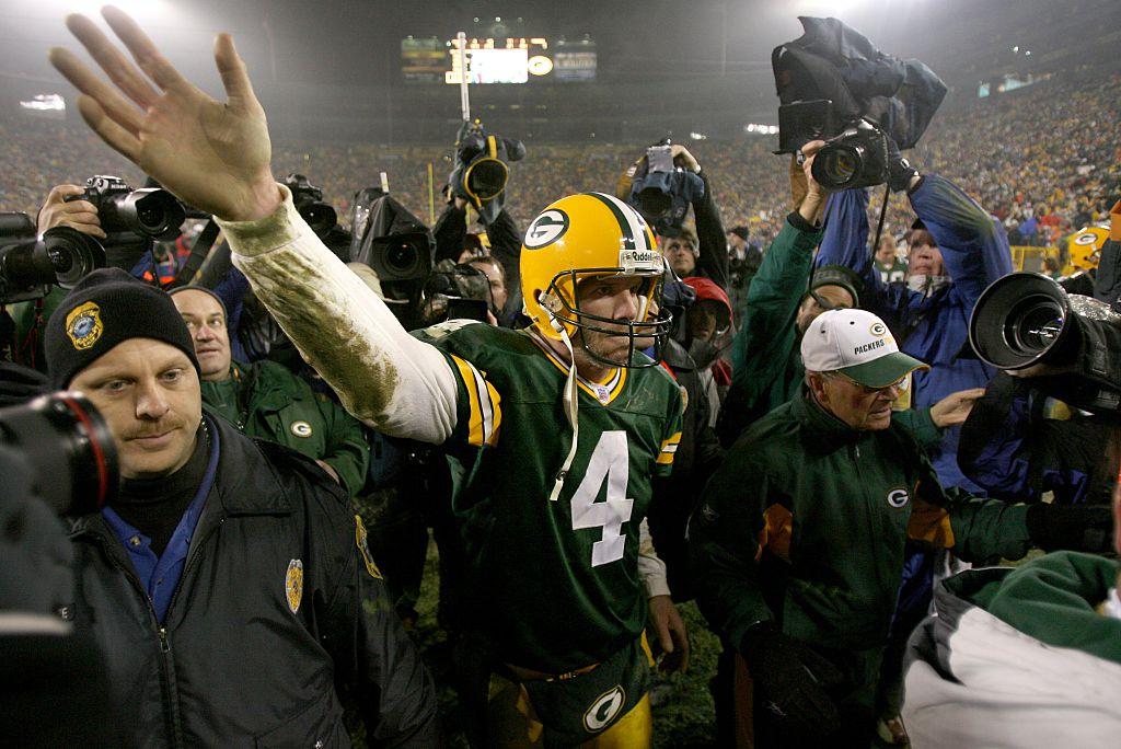 Green Bay Packers Brett Favre records