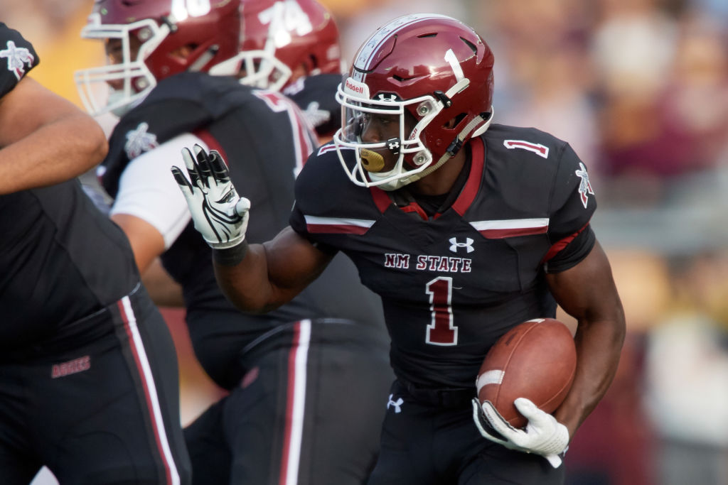 New Mexico State quarterback Jason Huntley could be one of the dark horse candidates for the 2019 Heisman Trophy.
