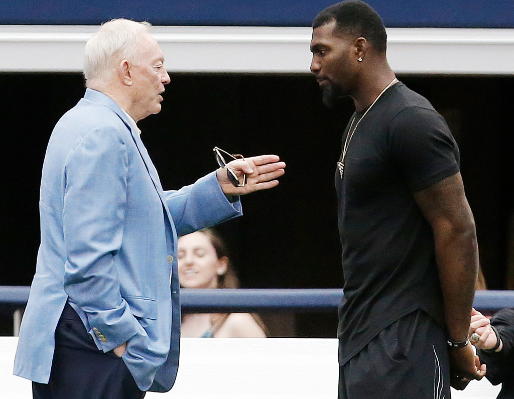 Dez Bryant and Jerry Jones talking