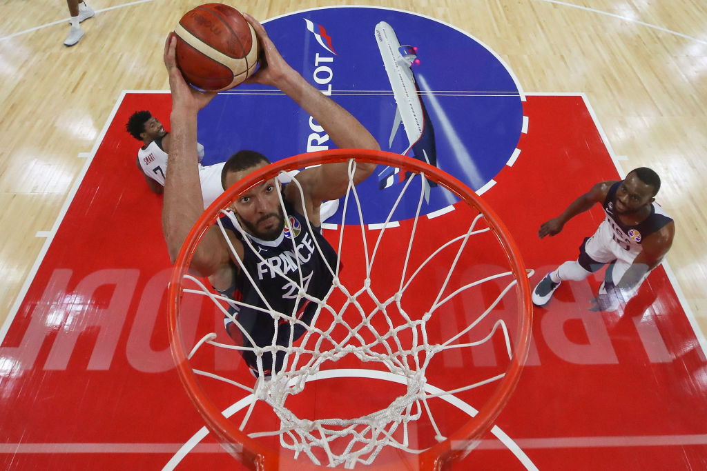 Rudy Gobert drives to the hoop for France
