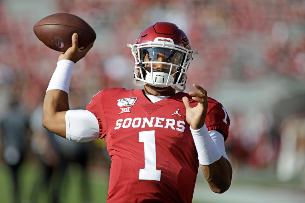 2 Reasons Oklahoma QB Jalen Hurts is a Heisman Trophy Frontrunner