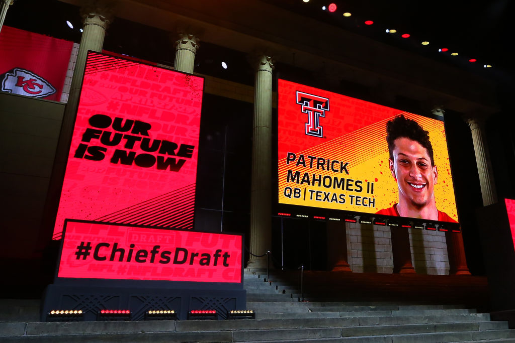 Kansas City Chiefs pick Patrick Mahomes in the 2017 NFL draft, shown on a screen