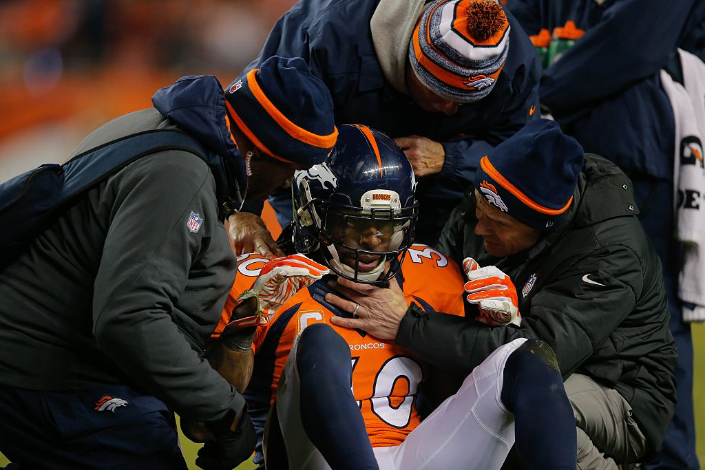 David Bruton gets a concussion during Broncos game