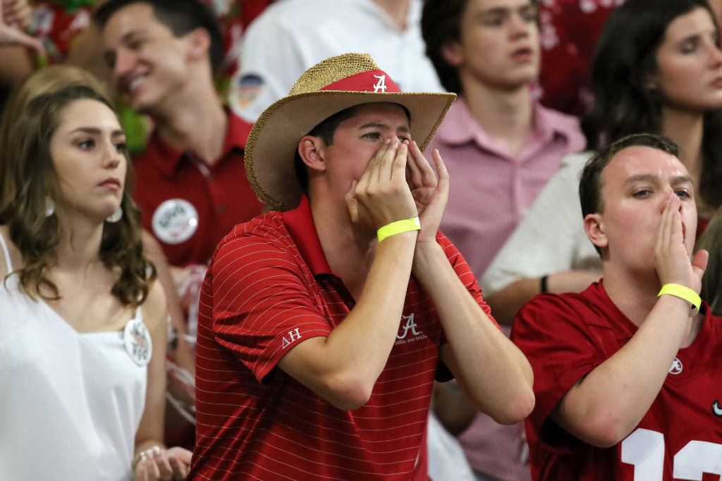 Alabama fans object to a call
