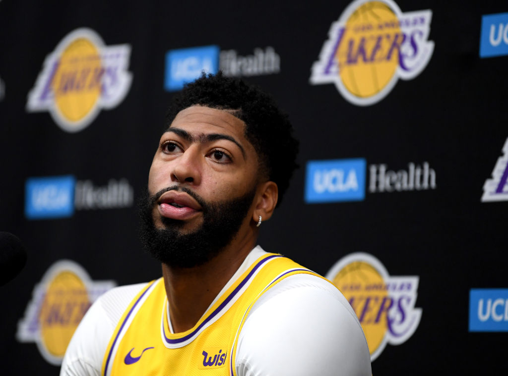 Lakers forward Anthony Davis