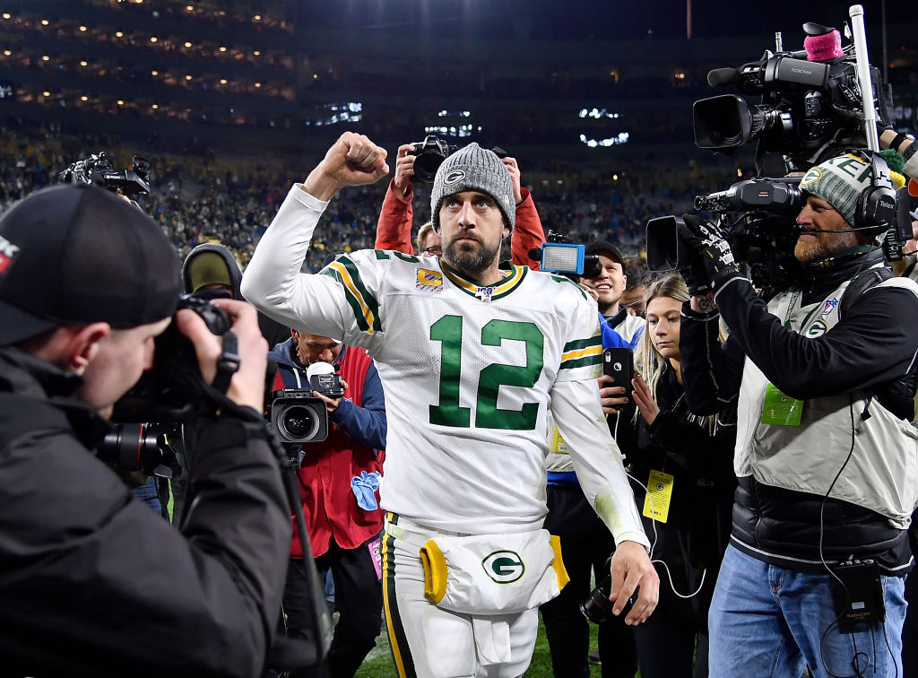 Aaron Rodgers got the fans' vote as one of the most clutch quarterbacks in the NFL, but he's not No. 1.