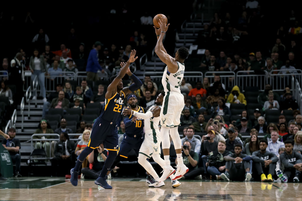Giannis Antetokounmpo pulls up for a shot against the Utah Jazz.