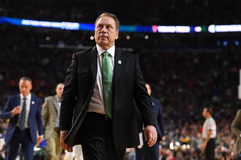 Head coach Tom Izzo of the Michigan State Spartans leaves the court