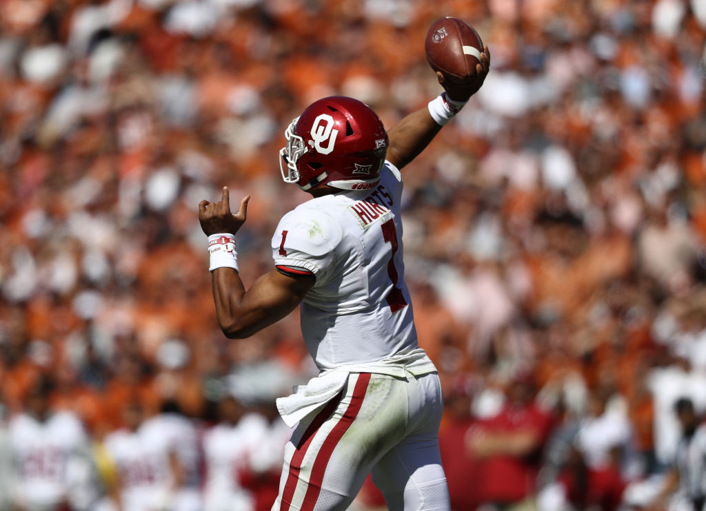 Jalen Hurts #1 of the Oklahoma Sooners