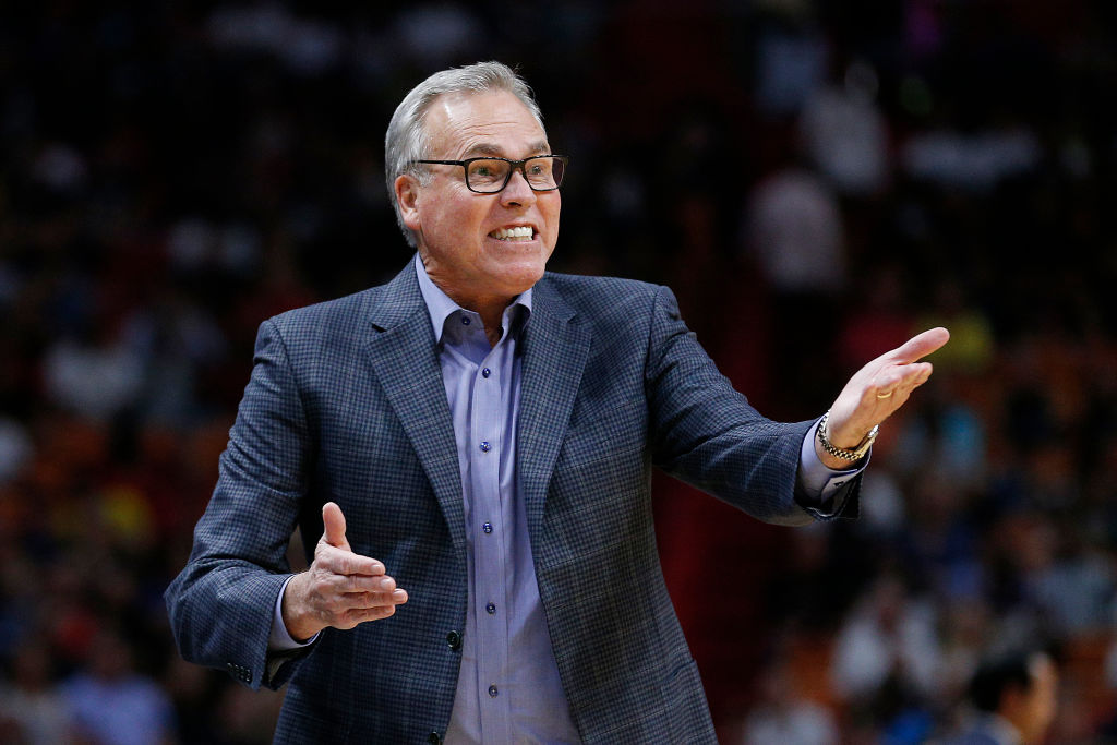 Houston Rockets coach Mike D'Antoni wasted little time in testing the NBA's new replay challenge for coaches.