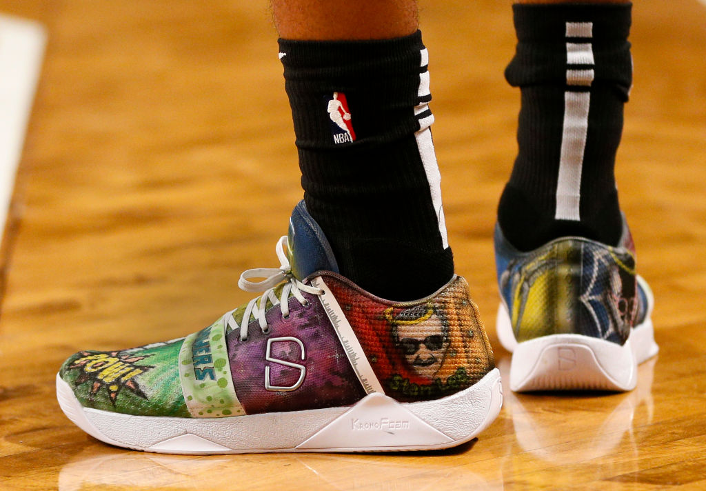 Brooklyn Nets guard Spencer Dinwiddie wears custom Stan Lee tribute sneakers.
