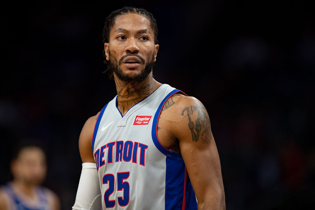 Pistons guard Derrick Rose