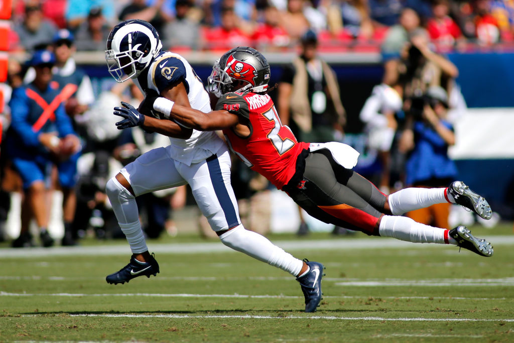 After being cut by the Tampa Bay Buccaneers, cornerback Vernon Hargreaves joined the Houston Texans.