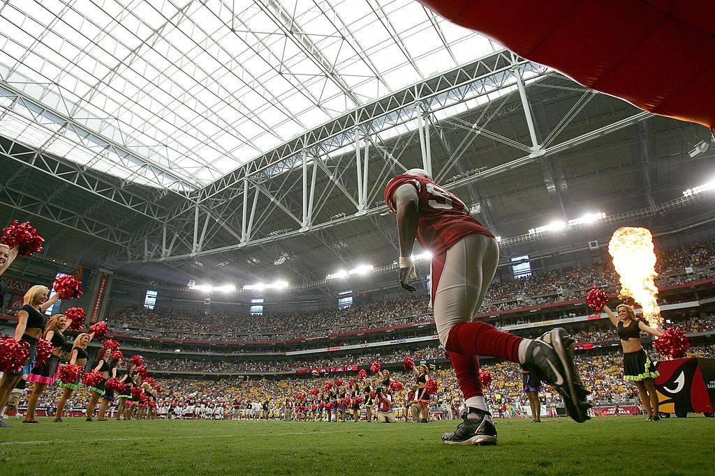 Calvin Pace of the Arizona Cardinals runs onto the field in 2007