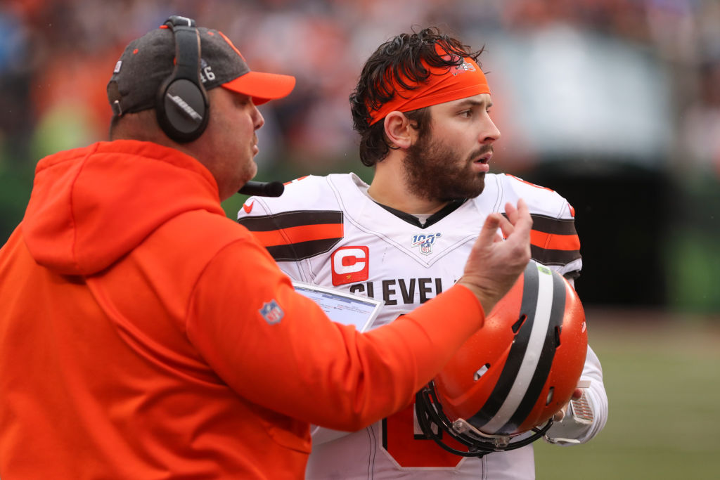 Cleveland Browns head coach Freddie Kitchens talks with quarterback Baker Mayfield