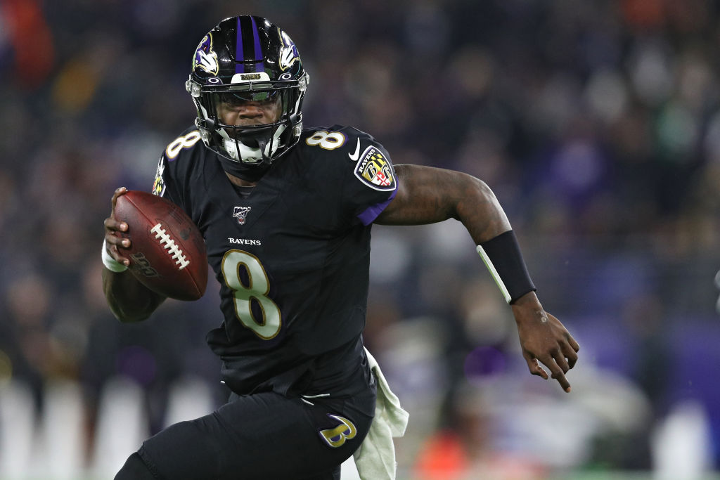 Lamar Jackson breaking Michael Vick's single-season rushing record against the New York Jets