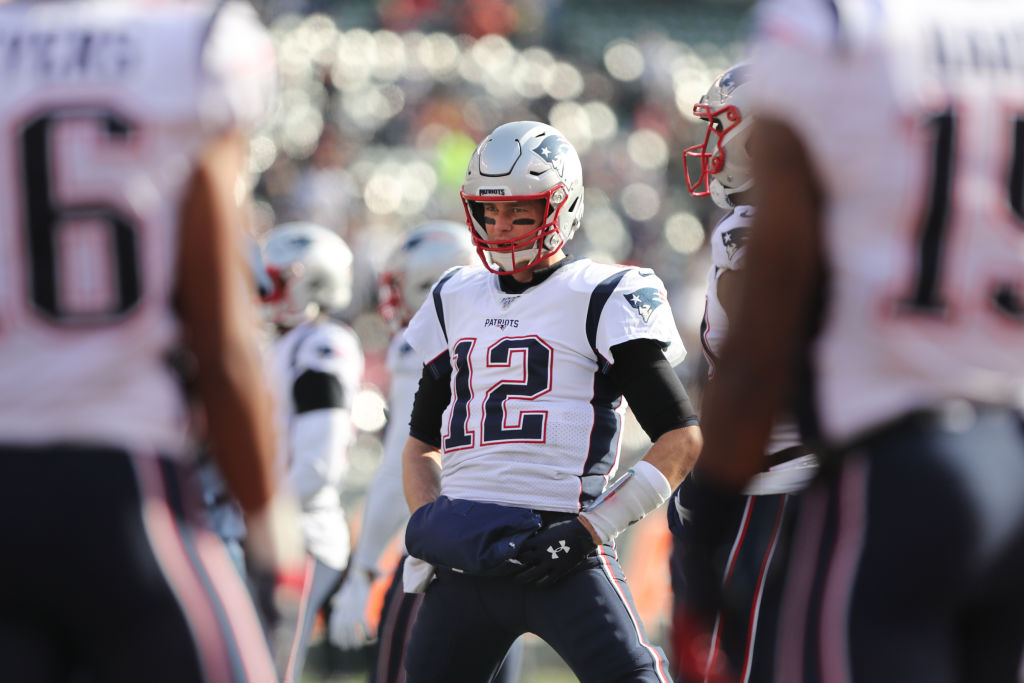 New England Patriots quarterback Tom Brady warms up before a game