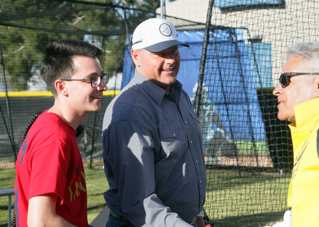 Former MLB pitcher Roger Clemens has fun with fans in 2019