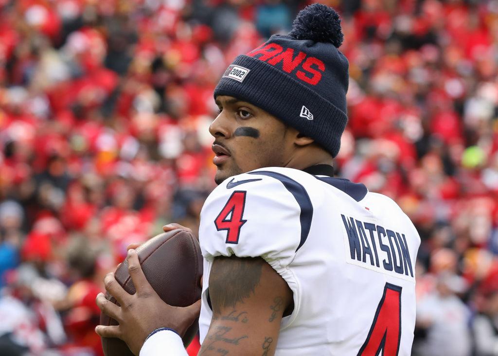 Houston Texans quarterback Deshaun Watson warms up before a game