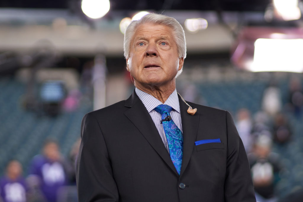 Cowboys head coach Jimmy Johnson